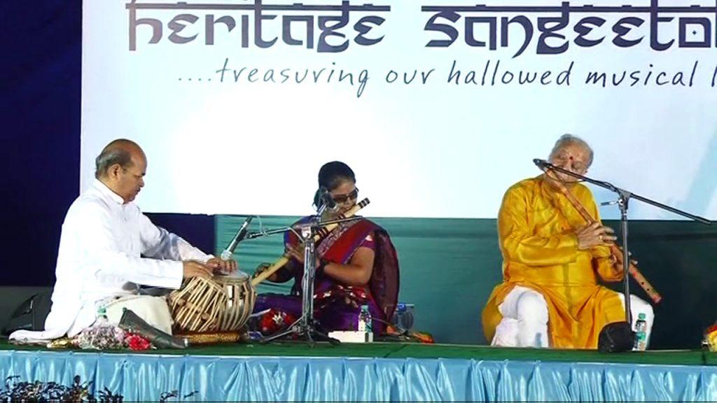 Krutika Janginmath playing the flute with Pandit Hariprasad Chaurasia